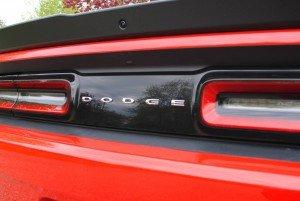 2016-Dodge-Challenger-SXT-Plus-010