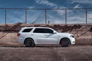 2018-dodge-durango-srt-02