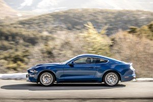 ford-mustang-2018-12